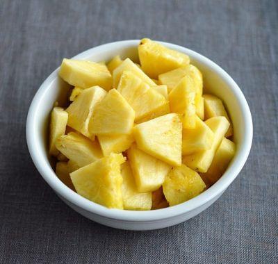 6 motive pentru a manca ananas