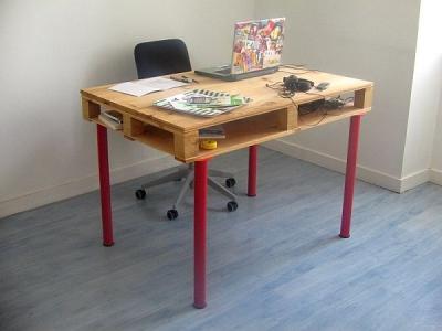 Un birou simplu de construit