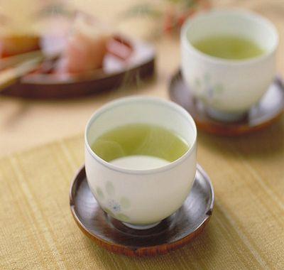 3 motive pentru a bea ceai verde in fiecare zi
