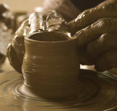 4 materiale transformate de producatorii romani in produse uimitoare
