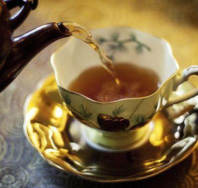 Ceaiul de galbenele: beneficii uimitoare pentru sanatate