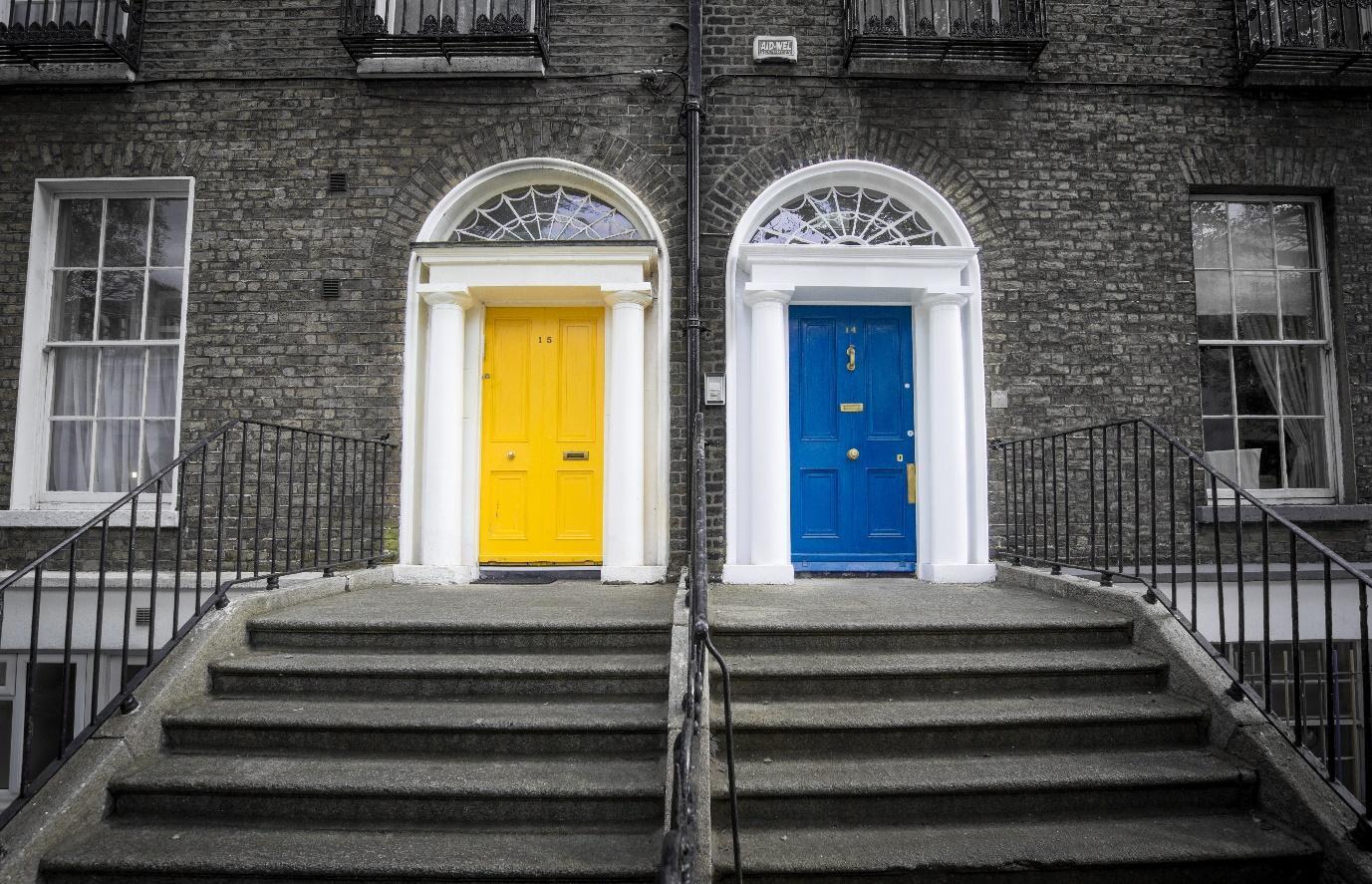 Cum sa alegi usa potrivita pentru casa ta