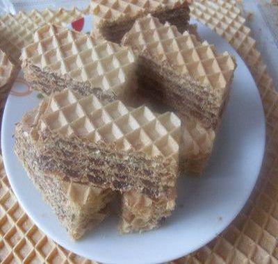 Prajitura cu foi de napolitane si crema de cacao