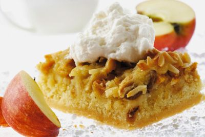 Prajitura razuita cu mere