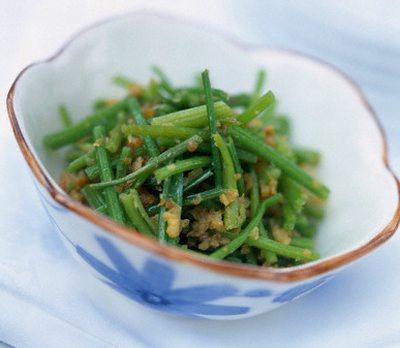 Salata de fasole verde cu marar
