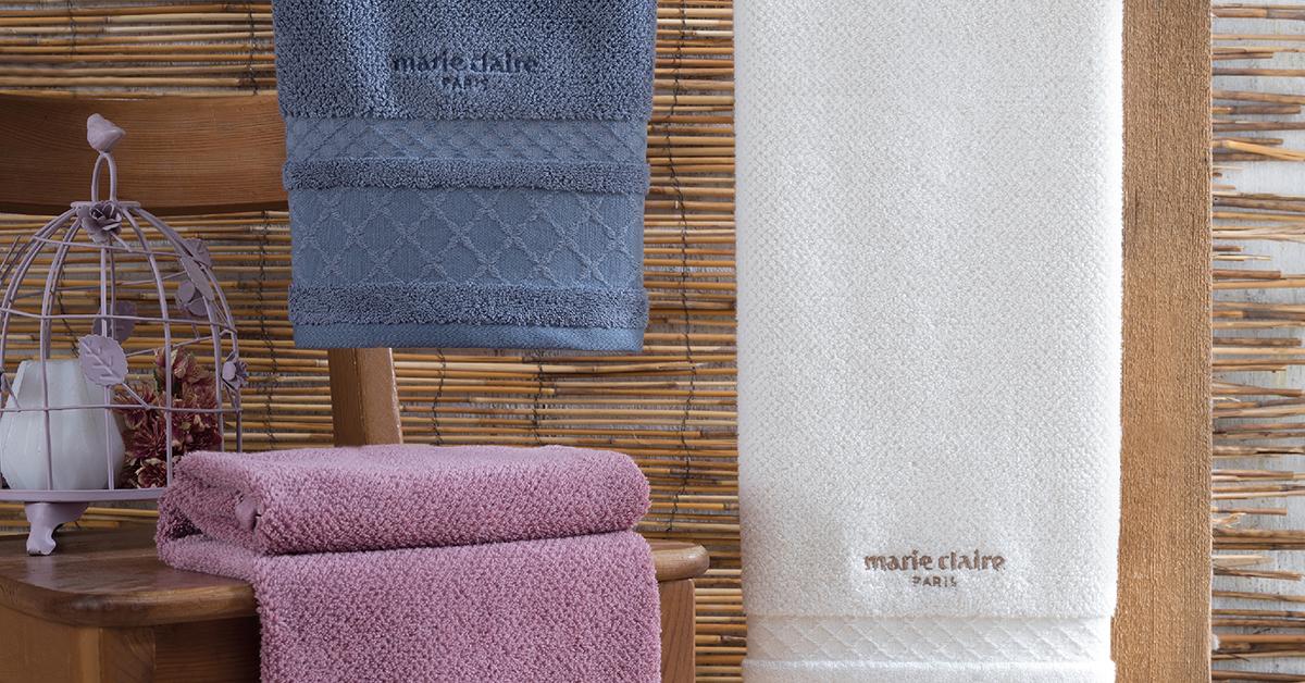 Cum alegi materialele textile potrivite pentru baie